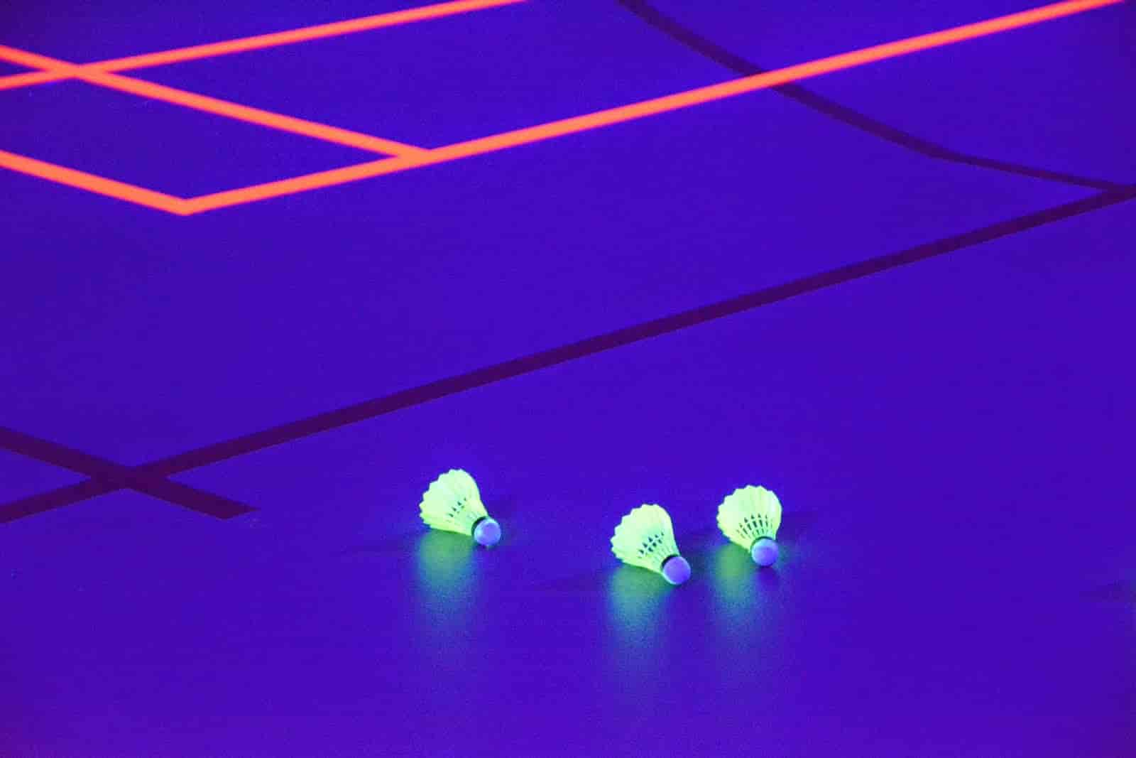 Blacklight badminton